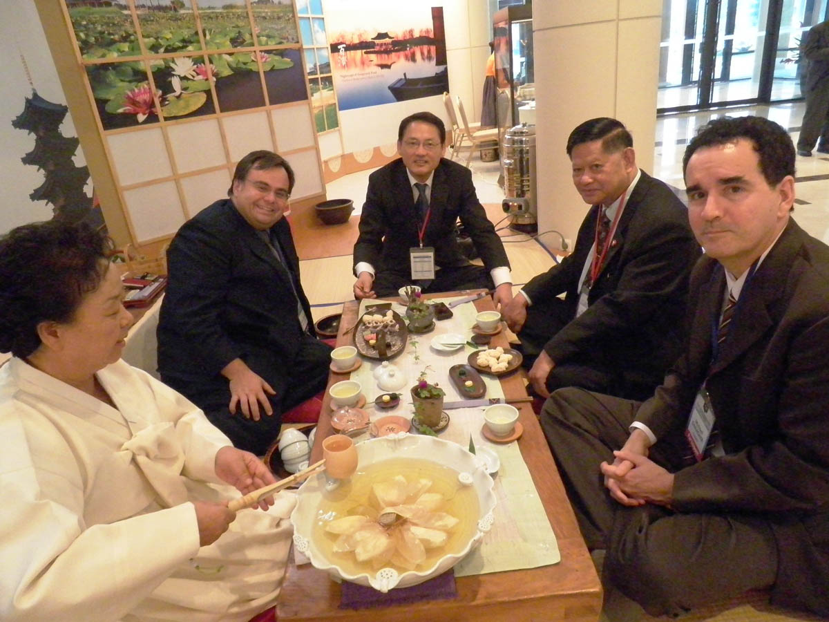 Dimitrios Buhalis at the T.20 Ministers´Meeting, Korea, 2010 with Ministers of Tourism for Korea and Thailand 2010